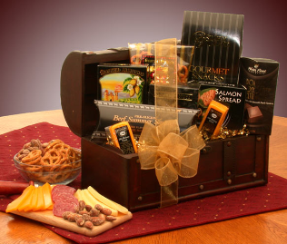 The Gourmet Connoisseur Gift Chest